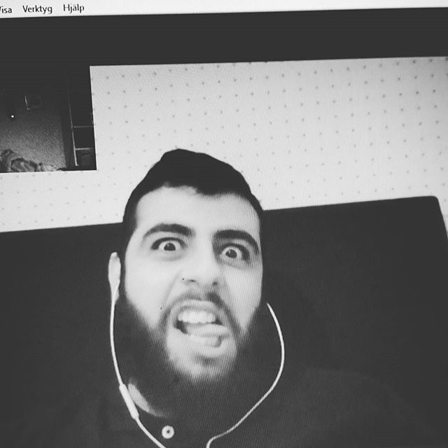 instabild – Skypemöte?